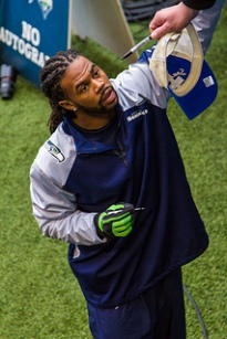 Sidney Rice signing autographs. CC image courtesy of MIKE MORRIS on Flickr